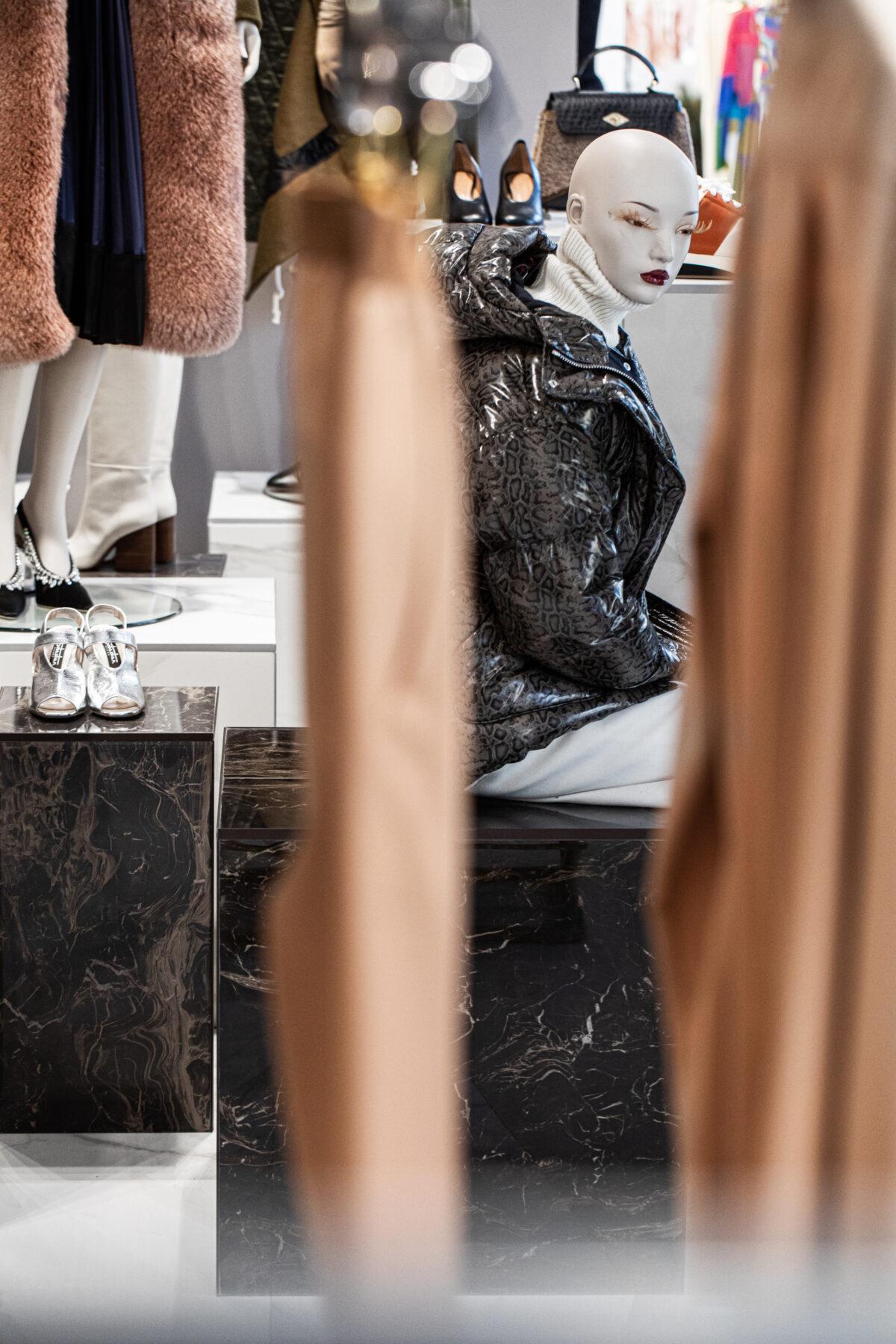 Интерьер Buonvicini Fashion Studio,разработанный итальянским архитектором Марко Трампетти.